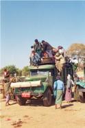 Transports en commun pour Salay. Photo Marchés d'Asie.