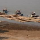 Pakkoku, transport du bambou. Photo Marchés d'Asie.